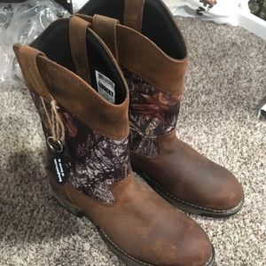 !!!NEW!!! Rocky men's camo cowboy/work boots